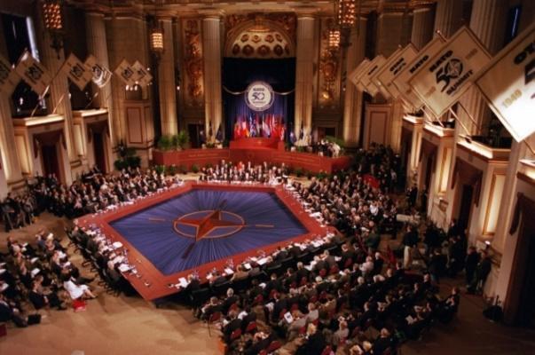 Трамп сорвал саммит глав стран НАТО