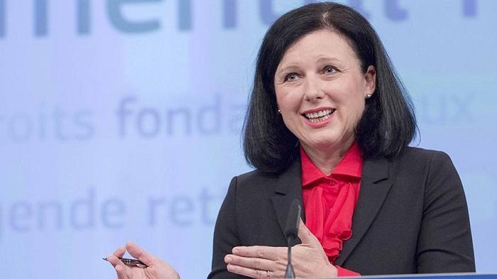 Еврокомиссар предупредила неактивные страны об исключении из ЕС