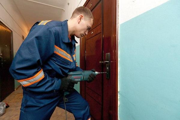 В Краснодаре труп 27-летнего мужчины больше недели пролежал в ванне