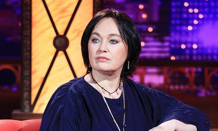 Лариса Гузеева безумно расстроилась после публикации еепляжных снимков вСМИ