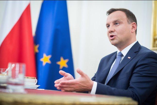 Польша подписала двадцатилетний контракт на поставку СПГ из США