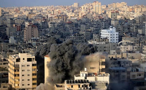 Израиль открыл огонь по позициям ХАМАС в секторе Газа