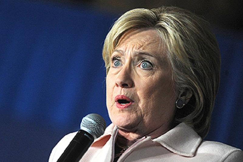 Обвинения Клинтон в адрес России возмутили Москву: официальное заявление