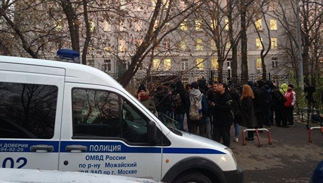 «ВКонтакте» заблокировала страничку студента сфотографией убитого вколледже преподавателя