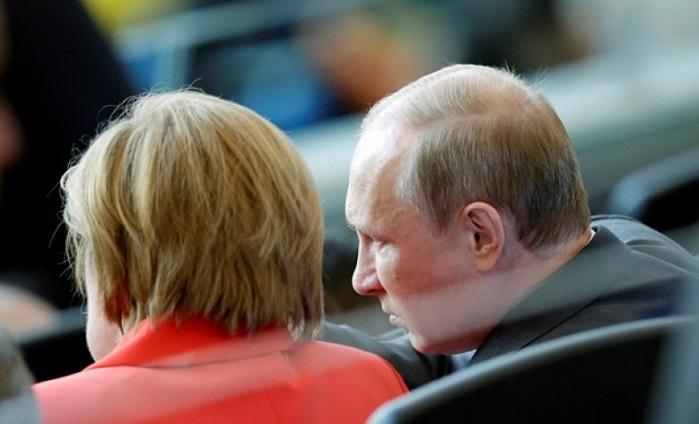 Песков раскрыл подробности разговора Путина и Меркель