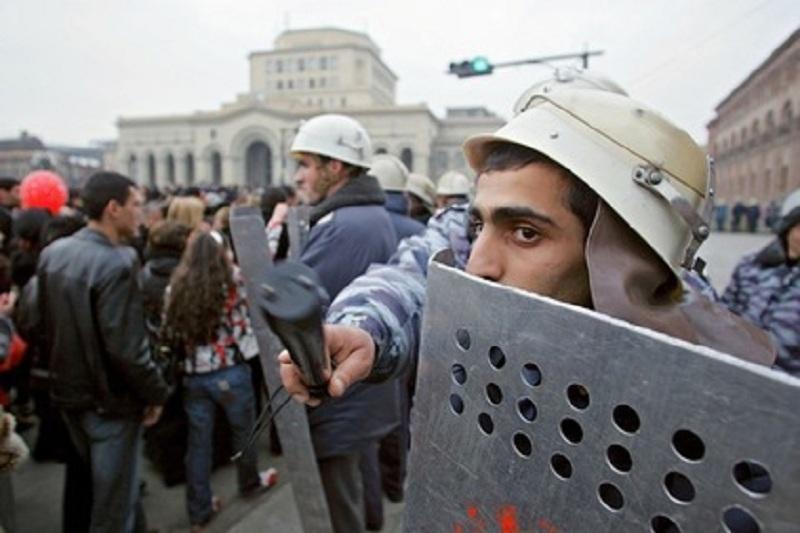 В Армении заявили о начале «бархатной революции»