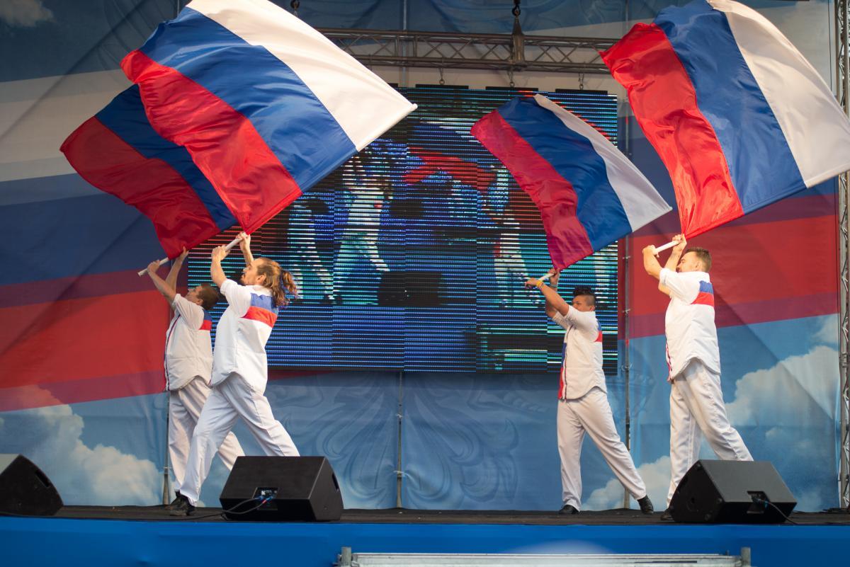 Оглашена программа Фестиваля света в северной столице