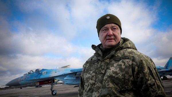 Порошенко потребовал от России объяснить установку С-400 в Крыму