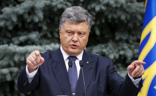 Русские идут: Порошенко запугивает украинцев российской агрессией