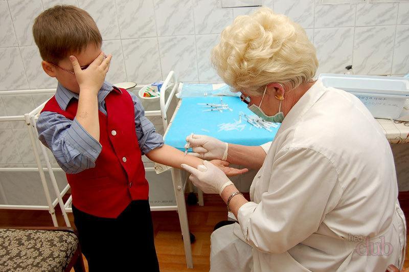 Прививка от гриппа детям – мнение Комаровского, когда делать, за и против