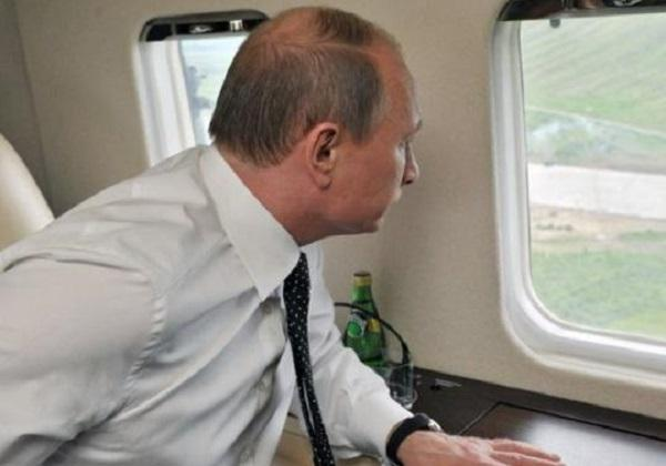 Путин летит над Сирией под прикрытием