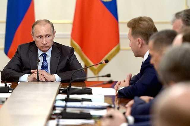 Путин заявил членам кабмина, что перед ними стоят крайне ответственные задачи