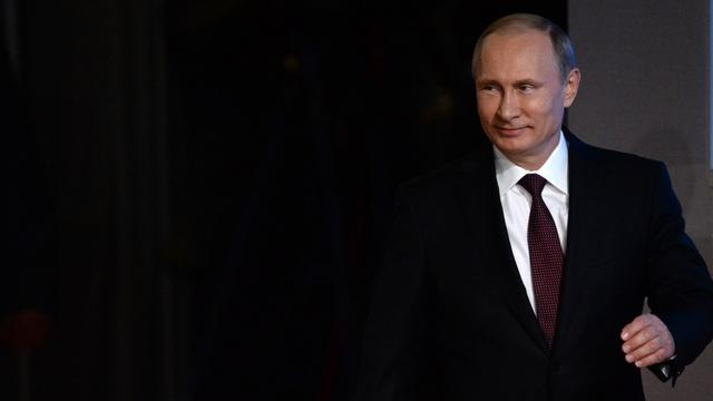 Telegraph: «загадочно улыбающийся» Путин ждет воссоединения востока Украины с Россией