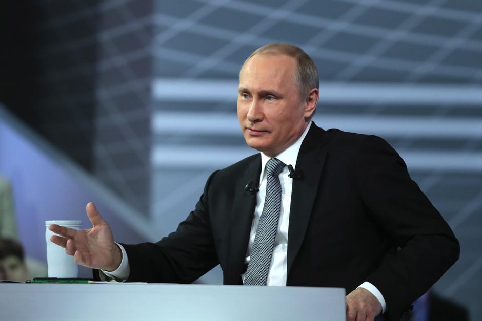 Путин поздравил Штайнмайера и сделал ему личное предложение