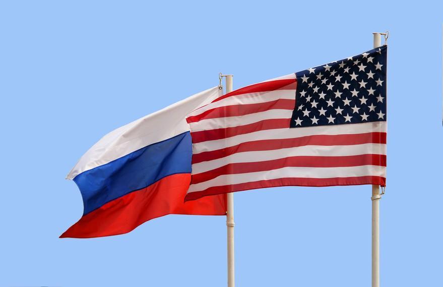 В РФ признали «нежелательным» вуз Маккейна