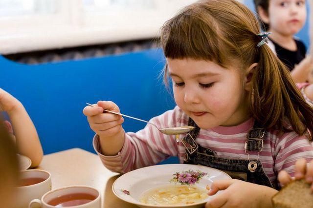 В ростовском детском саду детское питание оказалось небезопасным