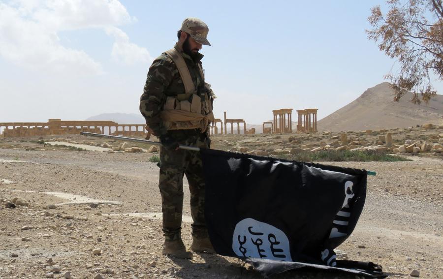 Палач ДАИШ из видеороликов убит сирийскими жителями