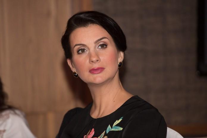 Зрители требуют уволить Екатерину Стриженову с телеканала