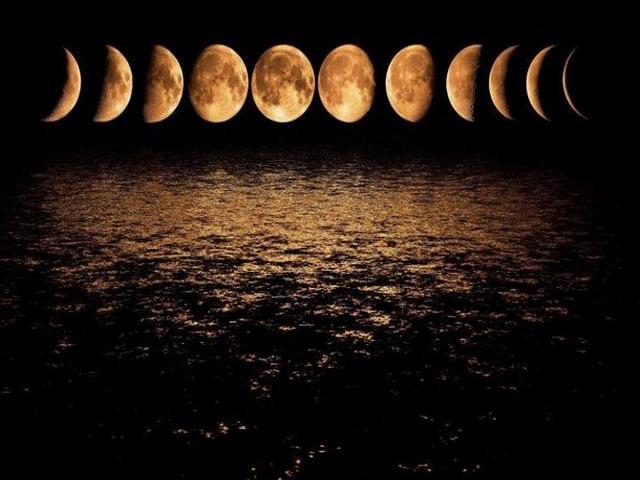Фазы Луны в  сентябре 2018 года: какого числа полнолуние, новолуние, растущая и убывающая Луна