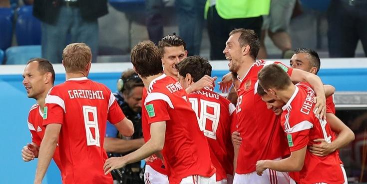 Бывший немецкий футболист: секрет успеха россиян — в командном духе