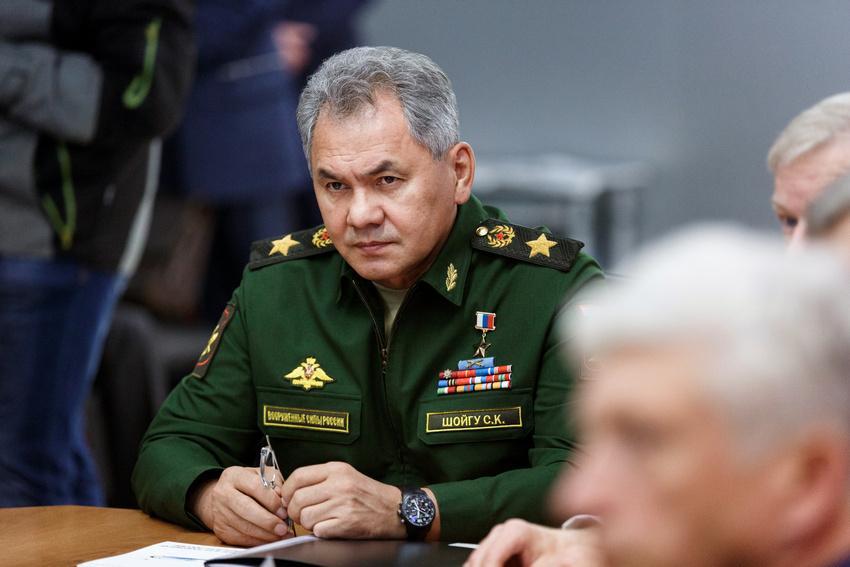 Мы вынуждены: Шойгу заявил о комплексном ответе НАТО на действия возле российских границ