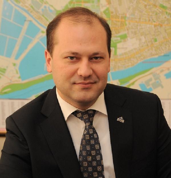 Руководитель ростовского водоканала выпил сырую воду в прямом эфире «Дон-ТР»