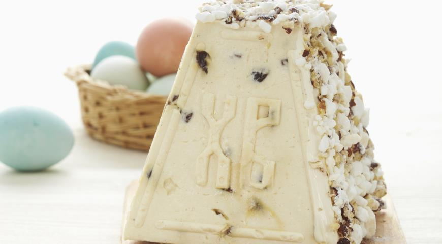 Пасха 16 апреля: быстрый рецепт творожной пасхи с маскарпоне к праздничному столу