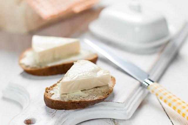 Как не ошибиться с выбором плавленого сыра, рассказали в Роскачестве