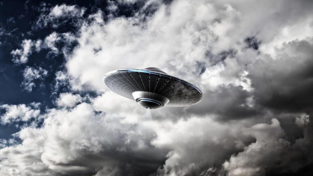 Скоростные инопланетяне ошарашили очевидцев своим трюком