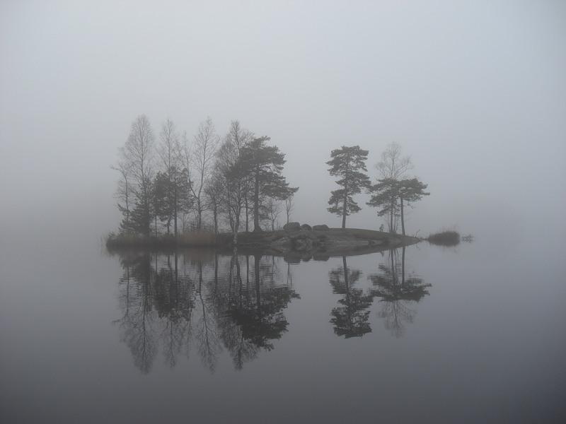 Необъяснимая бесовщина на загадочном острове в Российском озере пугает местных жителей
