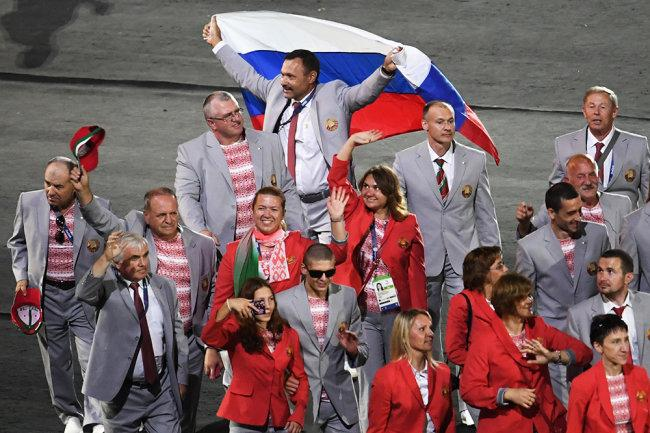 ПКБ избежал наказания за флаг России на открытии Игр-2016