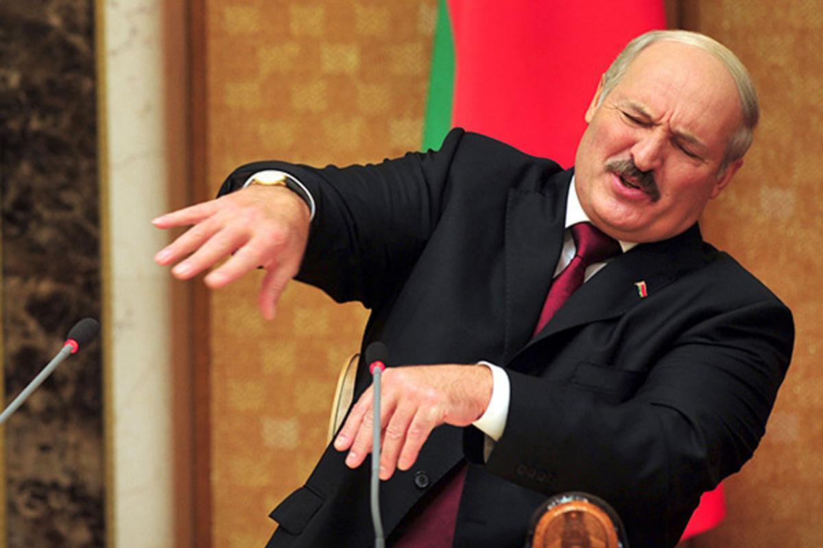 Лукашенко извинился за спор с Путиным