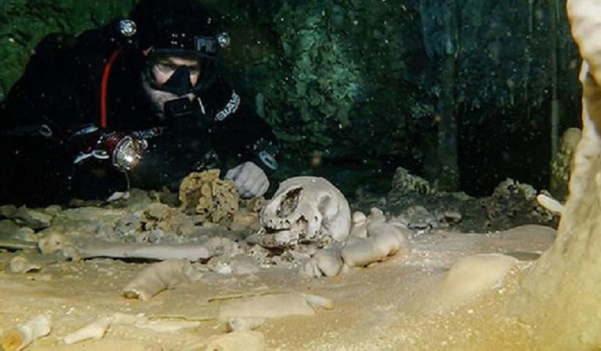 Микрочип возрастом 9 тысяч лет обнаружен в человеческом черепе - шокирующая находка из подводной пещеры в Мексике