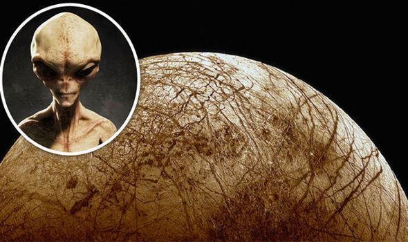 Гнев пришельцев незамедлительно обрушится на НАСА из-за происков землян на Европе
