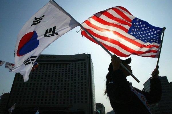 Минобороны Южной Кореи заявляет, что США не нападут на КНДР без их согласия