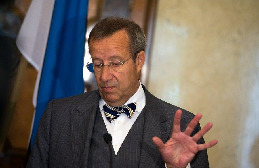 Эстонский ледокол, попавший под санкции против РФ, стоит впорту, принося убытки