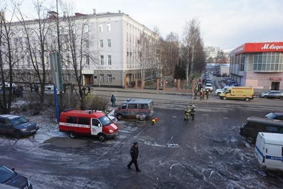 Виновником взрыва в здании РУФСБ Архангельской области может являться 17-летний юноша – СКР