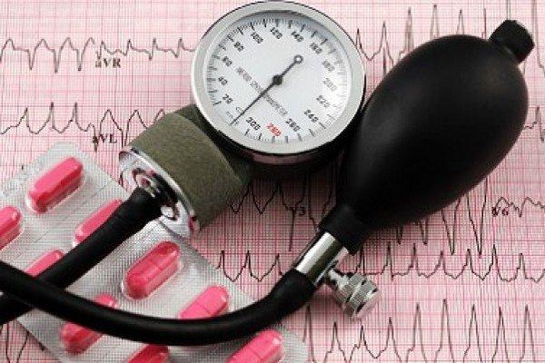 Простой способ понизить артериальное давление назвали британские ученые