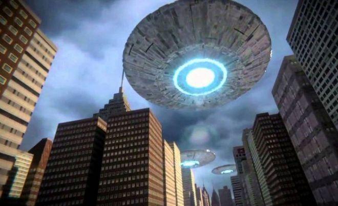 Гигантский инопланетный корабль патрулировал небо над Нью-Йорком
