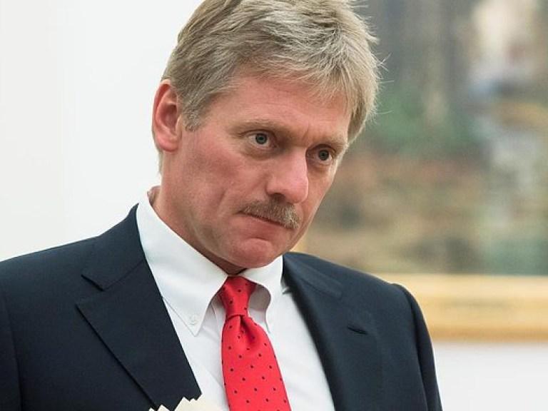 Кремль не планирует вносить изменения в Конституцию РФ – Дмитрий Песков