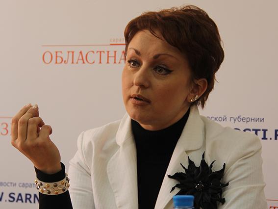 Чиновница призывает есть на 3,5 тыс. руб.