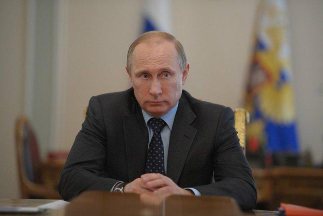 Куда деваться, придется общаться – Путин о встрече с Порошенко