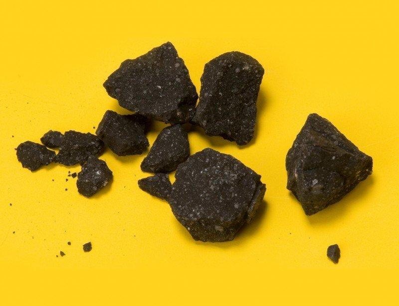 В обломках метеорита найдена внеземная жизнь - Учёные