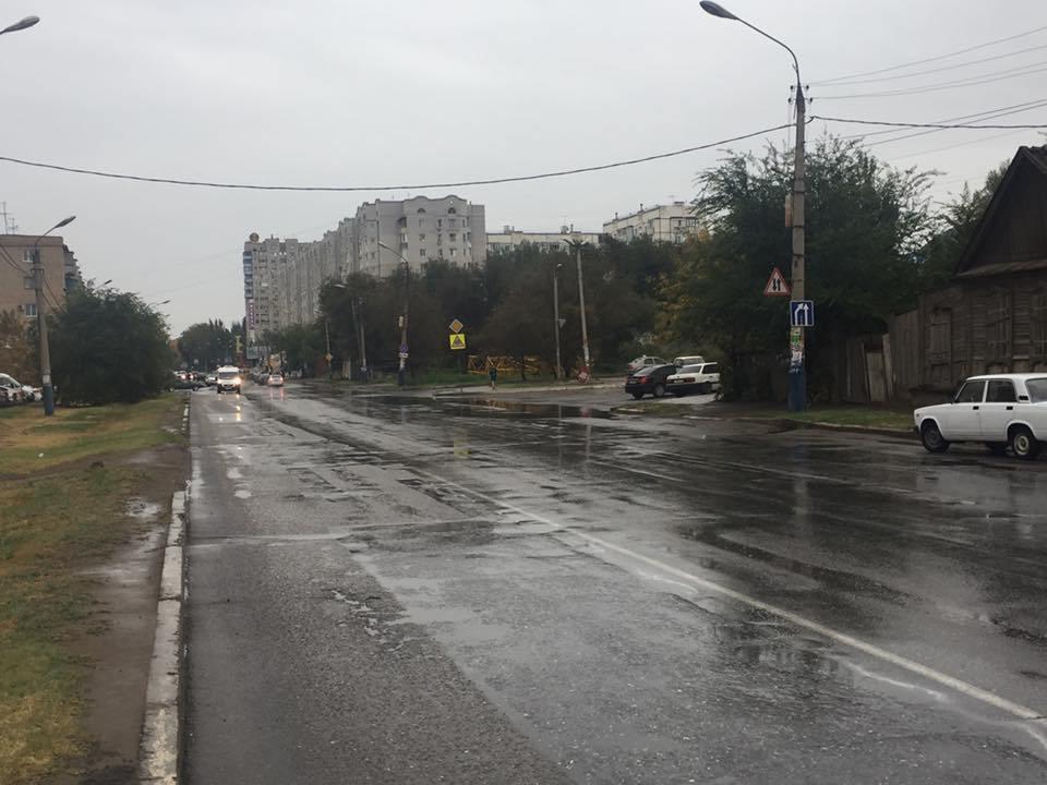 В Астрахани начала работать ливневка
