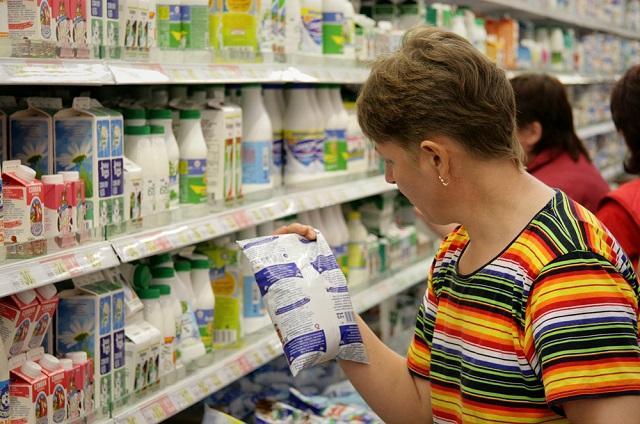 """В России намерены """"дать бой"""" антибиотикам в молоке"""
