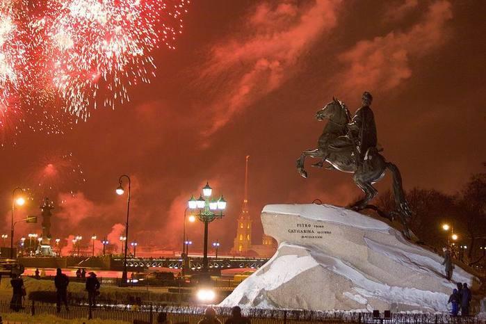 Салют 23 февраля 2018 года в Санкт-Петербурге: где и в какое время состоится