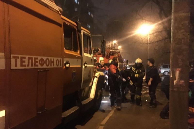 В Краснодаре из горящей многоэтажки эвакуировали жителей