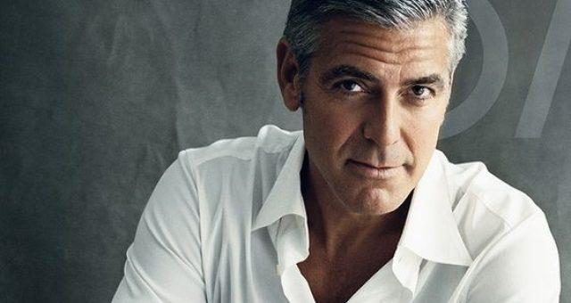 Актер Джордж Клуни попал в аварию