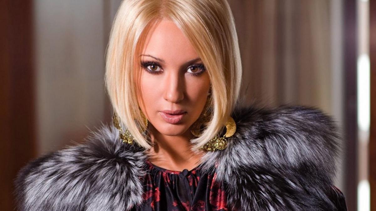 Лера Кудрявцева показала, как она выглядит без макияжа