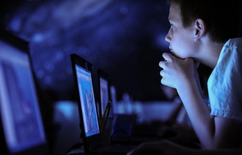 В России появится закон, запрещающий информацию, которая побуждает детей к убийству
